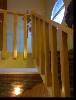 escaleras de madera rusticas